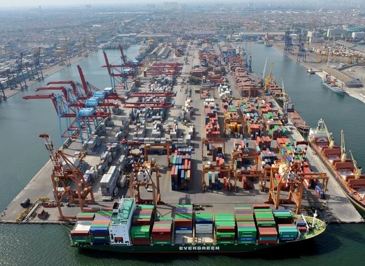Tingkatkan Sektor Logistik, <br/>Pelabuhan Kendari Tuntas