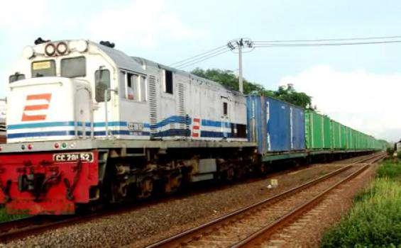 Pemerintah akan Reaktivasi Jalur Kereta Api di Madura